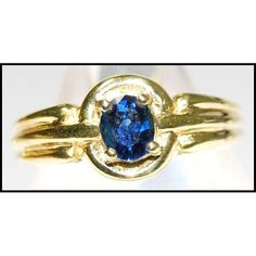 Oval Blue Sapphire Gemstone 18K Yellow Gold Solitaire Ring