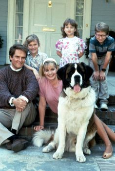 Beethoven (1992)  Beethoven silly doings of this one does not like Beethoven the man (the legendary composer), because it is not uncommon to make his master, George Newton (Charles Grodin) became frantic and upset.  Of course, the two sons George, Emily (Sarah Rose Karr) and Ted (Christopher Castile) Beethoven loved big dogs though it often makes them hassles.