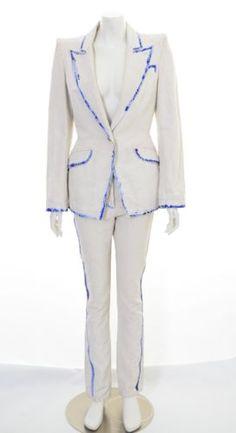 ALEXANDER-McQUEEN-S-S-2010-PAINT-DETAIL-OFF-WHITE-SUIT-RARE-UK-10-US-8-IT-42 White Suits, Suits For Women, Unique Fashion, Off White, Alexander Mcqueen, Special Occasion, Blazer, Paint, Detail