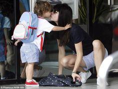 Cutest Shark Kiss Ever with Selma Blair and her son Arthur! #skiphop #ZooPack #shark