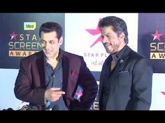 Salman Khan & Shahrukh Khan TOGETHER At Star Screen Awards 2016.