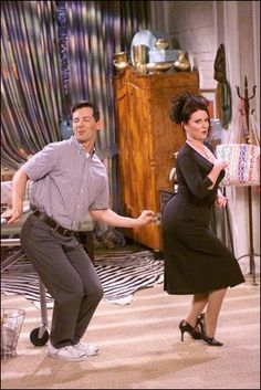 Jack McFarland & Karen Walker från Will & Grace. Cheryl: I think you are awful. Karen: Oh yeah? Well I think stretch pants are awful, but I am too much of a lady to say it, FAT ASS. portraited by Sean Hayes & Megan Mullally Best Tv Shows, Favorite Tv Shows, Favorite Things, Favorite Quotes, Movies Showing, Movies And Tv Shows, Karen Walker Quotes, Anastasia Beaverhausen, Dance Numbers
