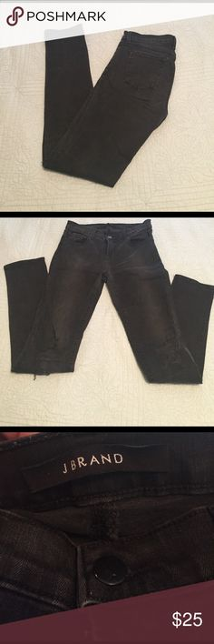 """J BRAND black distressed knee caps skinny jean These have been one of my faves! These size 26 skinny jeans have factory distressed knees with a patch behind each of them so they don't really have any holes but have the """"worn in"""" look. These black jeans have a faded look, it's not from wear or use, they came like this. These were gently used for a season, washed on cold and air dried. I've just gone up one size (fit girl problems vs. when I was a runner!)                                 Waist…"""