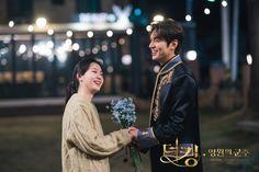 Korean Drama Movies, Korean Actors, Korean Dramas, Kim Go Eun Style, Korean Couple Photoshoot, Lee Min Ho Photos, Weightlifting Fairy Kim Bok Joo, Korean Star, Kdrama Actors