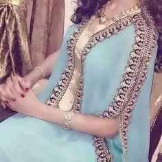 قندورة Abaya Fashion, Modest Fashion, Boho Outfits, Indian Outfits, Mode Abaya, Robes D'occasion, Rainbow Fashion, Moroccan Caftan, Hijab Dress