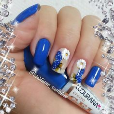 Blue Nail Art Ideas for 2018 - Top 150 Designs - Our Nail Spring Nails, Summer Nails, Fabulous Nails, Flower Nails, Creative Nails, Blue Nails, Cookies Et Biscuits, Manicure And Pedicure, Pretty Nails