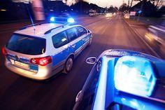 Rhein-Erft-Kreis (ots) - Die Kriminalpolizei sucht Zeugen. Brandstiftung ist nicht auszuschließen.      Polizeibeamte wurden ...