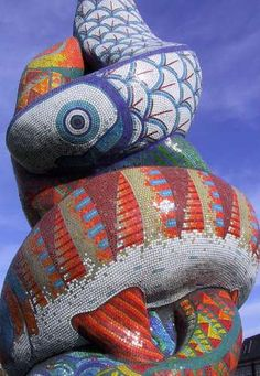 3D mosaic fish. Love this. Located at the main roundabout entering Erith in Kent, England. By Gary Drostle.