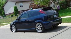 Low Ford Focus mk1, big rims Ford Focus Svt, High Performance Cars, Focus Rs, Ac Cobra, Modified Cars, Mk1, Felicia, Dream Cars, Motorcycles