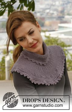 "Knitted DROPS neck warmer with garter st and zigzag edges in ""BabyAlpaca Silk""."