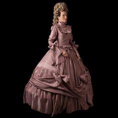 Marie-Antoinette silicone figure