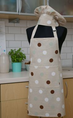 Set of Linen Apron & Chef Hat for Kid - Kitchen apron with Dots - Apron with pocket for Kids by Reska on Etsy