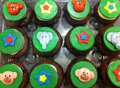 Circus Cupcakes with Handmade fondant cupcake toppers