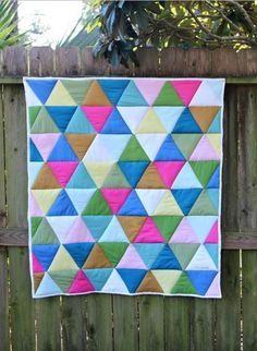One-Day Triangle Quilt Tutorial | Baby quilts don't get easier or cuter than this back to basics quilting tutorial!