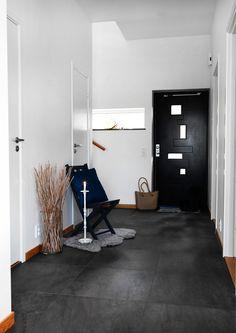 Köp Crossover Forest Svart Rect - Stenbolaget Crossover, Desk, Interior Design, Studio, Inspiration, Furniture, Home Decor, Audio Crossover, Nest Design