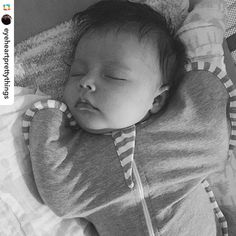 How sweet is this little pea in her #lovetodreamusa #swaddleup?  #lovetoswaddleup #lovetodreamusa  #GPRepost #Repost @eyeheartprettythings ======> @eyeheartprettythings:This babe ❤️ Since she was three weeks old she has refused to be swaddled. Girl wants her arms in her face in order to sleep. Tonight we're trying out this little #swaddleup contraption (Josh calls it a straight jacket 😂) So far so good. Hoping she goes another 6 1/2 hours again. #fingerscrossed #baseballstartsearlytmw