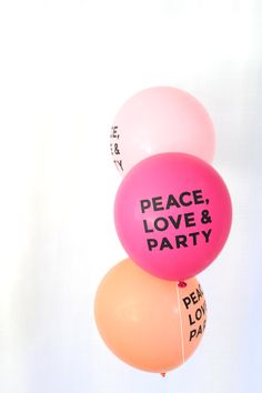 Decorations - PEACE LOVE & PARTY balloons (($))