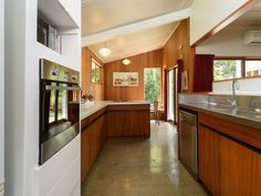 Original Features! So rare these days.  CONTEMPORARY STYLE, GREAT VIEWS   Trade Me Property