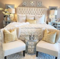 35 Amazingly Pretty Shabby Chic Bedroom Design and Decor Ideas - The Trending House Bedroom Inspirations, Classy Bedroom, Remodel Bedroom, Farmhouse Bedroom Decor, Bedroom Makeover, Home Decor, Luxurious Bedrooms, Master Bedrooms Decor, Home Decor Inspiration