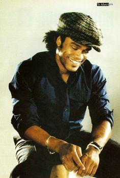 Maxwell His smile radiates my heart