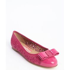 Salvatore Ferragamo Pink leather 'Varina' bow tie accent ballet flats ($193) ❤ liked on Polyvore featuring shoes, flats, pink, leather flats, pink ballet flats, leather ballet shoes, round toe flats and salvatore ferragamo shoes