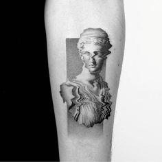 Tattrx Tattoo Style - Modern and Experimental Tattoos in World Tattoo Gallery Tumblr Tattoo, 27 Tattoo, Type Tattoo, Tattoo Clock, Venus Tattoo, Tattoo Quotes, Hai Tattoos, Body Art Tattoos, Tattoo Drawings