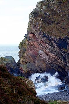 Heddons Mouth, Devon, England #NDevon #NorthDevon #Exmoor Visit Devon, Devon Uk, Devon England, Devon And Cornwall, North Devon, Beautiful Places, Beautiful Pictures, Cornish Coast, South West Coast Path