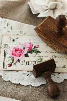 I love French country style, shabby chic , romantic and white style. This is just random things I love. Vintage Shabby Chic, Vintage Love, Vintage Decor, Vintage Style, Images Vintage, Vintage Postcards, Decoupage, Old Letters, Lost Art