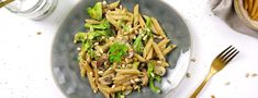 One pot pasta - Foodspring Magazine España Tostadas, Asparagus, Clean Eating, Low Carb, Dinner, Vegetables, Cooking, Healthy, Recipes