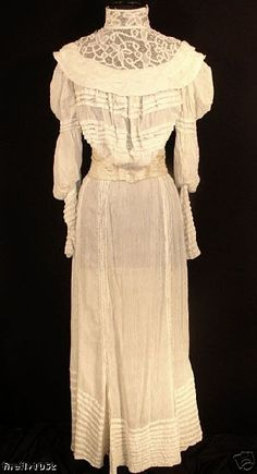 vintage in Vintage Clothing Shoes and Accessories Old Dresses, Vintage Dresses, Vintage Outfits, Vintage Fashion, Victorian Dresses, Vintage Clothing, Old Fashioned Wedding Dresses, Colored Wedding Gowns, Beautiful Outfits