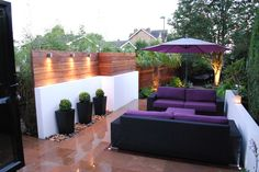 Small contemporary garden scheme designed and built by www.thelandscapedesignstudio.co.uk