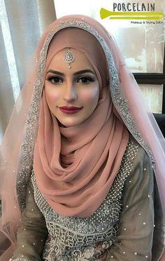 Hijabi Wedding, Muslimah Wedding Dress, Asian Wedding Dress, Muslim Wedding Dresses, Pakistani Wedding Outfits, Hijab Bride, Muslim Brides, Pakistani Bridal Wear, Bridal Outfits