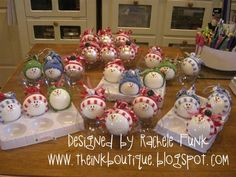 """Previous Pinner wrote: """"I just love my little snowmen! I found a tutorial here ! I bought the socks at the dollar spot at Target and cleaned out 2 stores to get th. Holiday Crafts For Kids, Christmas Ornaments To Make, Crafts For Kids To Make, Christmas Crafts For Kids, Xmas Crafts, Homemade Christmas, Christmas Snowman, Simple Christmas, Christmas Projects"""