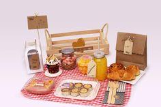 Breakfast Basket, Breakfast In Bed, Ideas Desayunos, Bed Ideas, Bien Tasty, Birthday Breakfast, Edible Gifts, Party In A Box, Diy Food