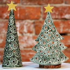 No Cost Slab pottery how to make Strategies Happy Christmas tree tea lights. Handbuilt from slab.Wonderful No Cost Slab pottery how to make Strategies Happy Christmas tree tea lights. Handbuilt from slab. Ceramic Christmas Decorations, Vintage Ceramic Christmas Tree, Christmas Clay, Christmas Crafts, Christmas Ornaments, Handmade Christmas, Clay Stamps, Slab Pottery, Ceramic Pottery