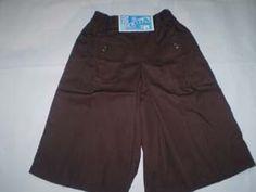 Celana Kulot Seragam Pramuka Putri Warna = Coklat tua Ukuran No 8  Lingkar Pinggang = 52 cm, Berkaret Molor  Panjang = 53 cm  Bahan = Drill http://tokoyuan.com/seragam-wanita/celana-kulot-putri-sd-no-8/