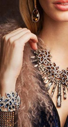 Get jewelry discounts from Alex and Ani, ASOS, Nordstrom and more: http://www.studentrate.com/fashion/fashion.aspx
