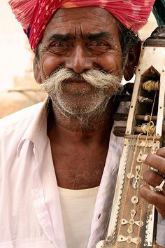 Man With Sitar - Jaisalmer, India