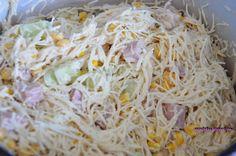 Paapilotkaa: Sałatka z makaronem ryżowym i szynką