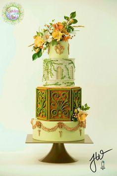 Carnavalet en Fleur - Cake by Jeanne Winslow