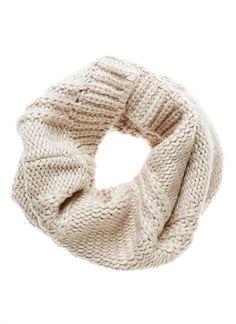Soft chunky knit snood scarf. Length 55cm, Width 40cm. 20%Wool, 70% Acrylic, 10% Nylon.