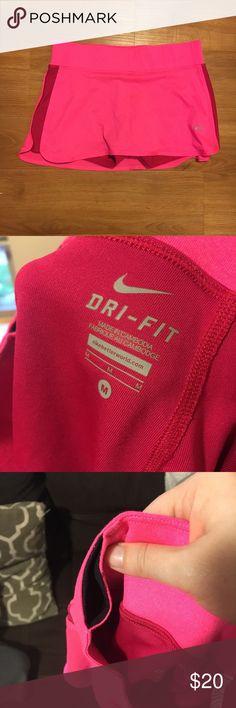 NIKE DRIFIT SKIRT WITH BUILT IN SHORTS EUC Nike drifit skirt. Nike Skirts