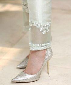 Fashion Pants, Fashion Dresses, Kurta With Pants, Kurti Pants, Dress Pants, Indian Fashion, Womens Fashion, Trendy Fashion, Designs For Dresses