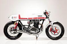 Yamaha-XS-650-Wheelyshop-28negro.jpg