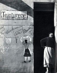 Paris circa 1950 Laundering at Montmartre Photo:Georges Glasberg