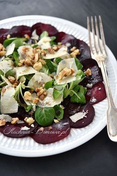 Carpaccio z buraków Meat Recipes, Salad Recipes, Clean Eating, Healthy Eating, Picnic Foods, Finger Foods, Good Food, Food And Drink, Veggies