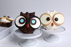 Owl+Vanilla+Funfetti+Cupcakes+with+Vanilla+Buttercream+Frosting+by+Kitchen+Daily.+Owls,+monsters+and+mummies...+oh+my!