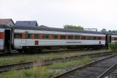 No. 476 Bunker Hill in Hyannis on Sept. 7, 1964.  Observation Bar, 57-seat lounge car Bunker Hill was one of two built in July 1949 by Pullman Standard