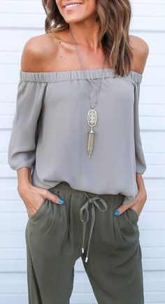What to Wear For a Vacation - 20 Casual Outfit Ideas for Vacation fashion women Fashion Mode, Look Fashion, Womens Fashion, Fashion Trends, Fashion Ideas, Feminine Fashion, Fashion 2017, Trendy Fashion, Fall Fashion