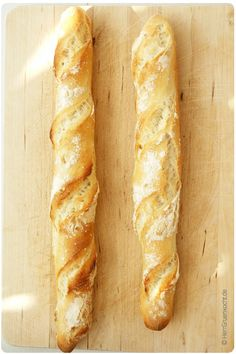 Simply bake French baguette yourself. From Mr. Simply bake French baguette yourself. From Mr. Bread Recipes, Baking Recipes, Baguette Recipe, Tapas, Rice Recipes For Dinner, French Baguette, Breakfast Smoothies, French Food, Pampered Chef